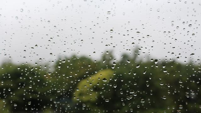 pluie-sur-la-fenetre